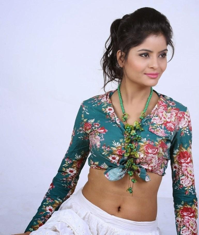 Gehana vasisth Wiki, Age, Biography, Movies, and Beautiful Photos 114