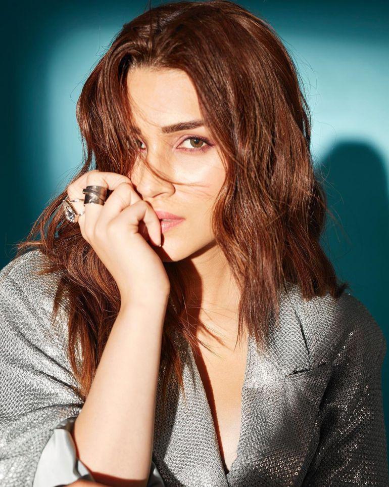 Top 15 Beautiful Bollywood actress of 2021 135