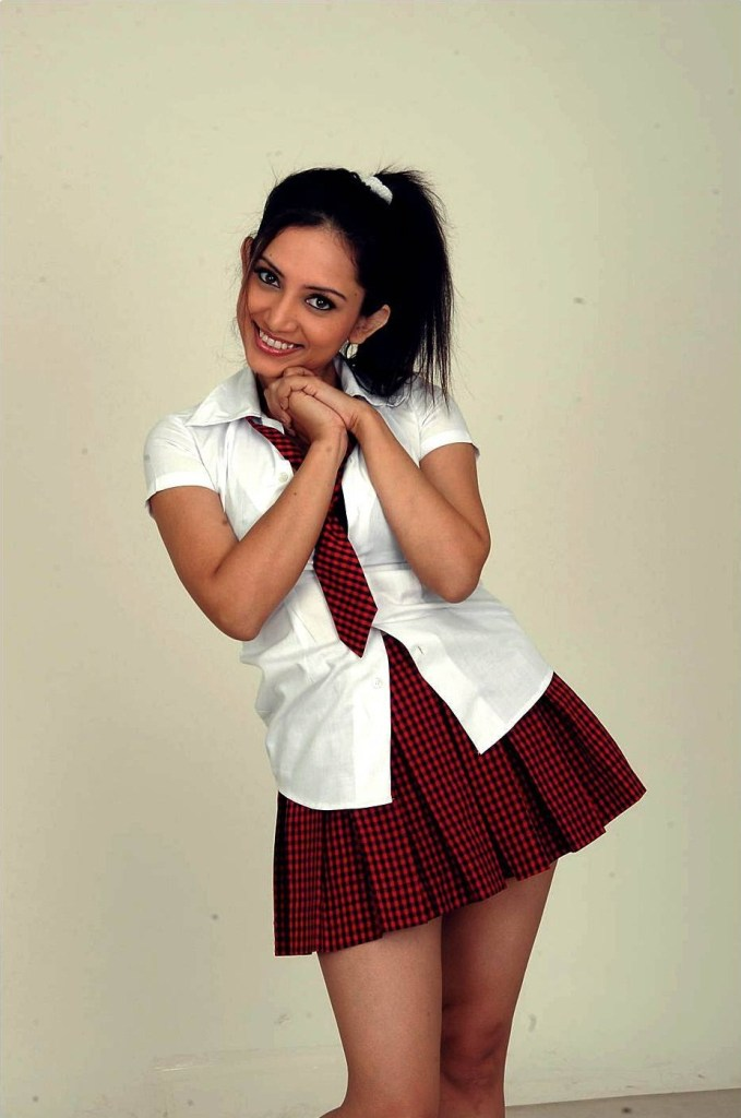 Which Indian actresses look Glamorous in school uniform? 113