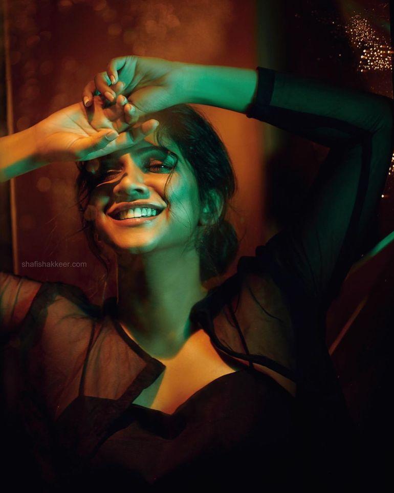 Madonna Sebastian Wiki, Age, Biography, Movies, and Stunning Photos 126