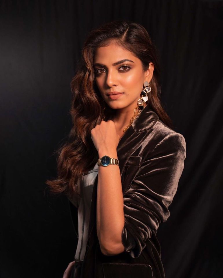 Malavika Mohanan Wiki, Age, Biography, Movies, and Beautiful Photos 115