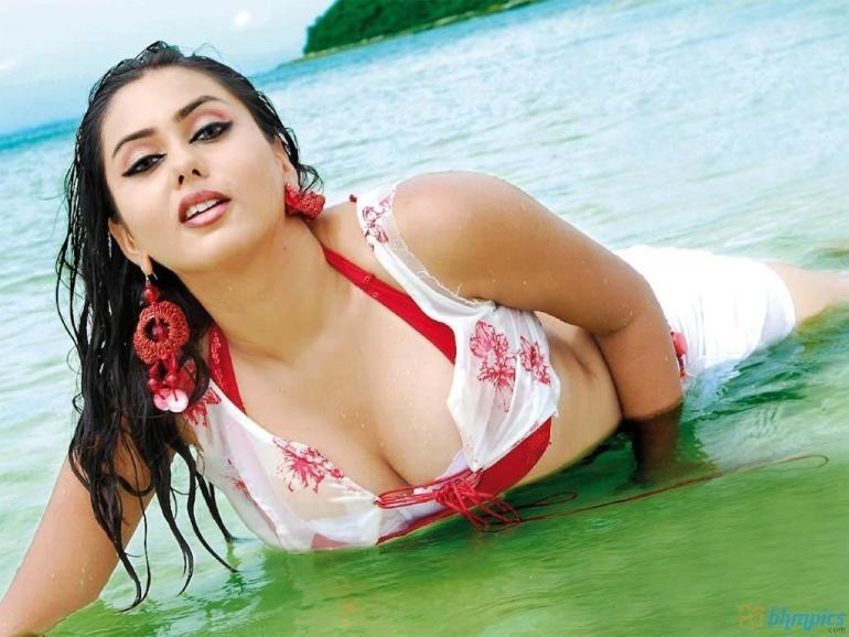 Namitha Kapoor Wiki, Age, Biography, Movies, and Stunning Photos 113