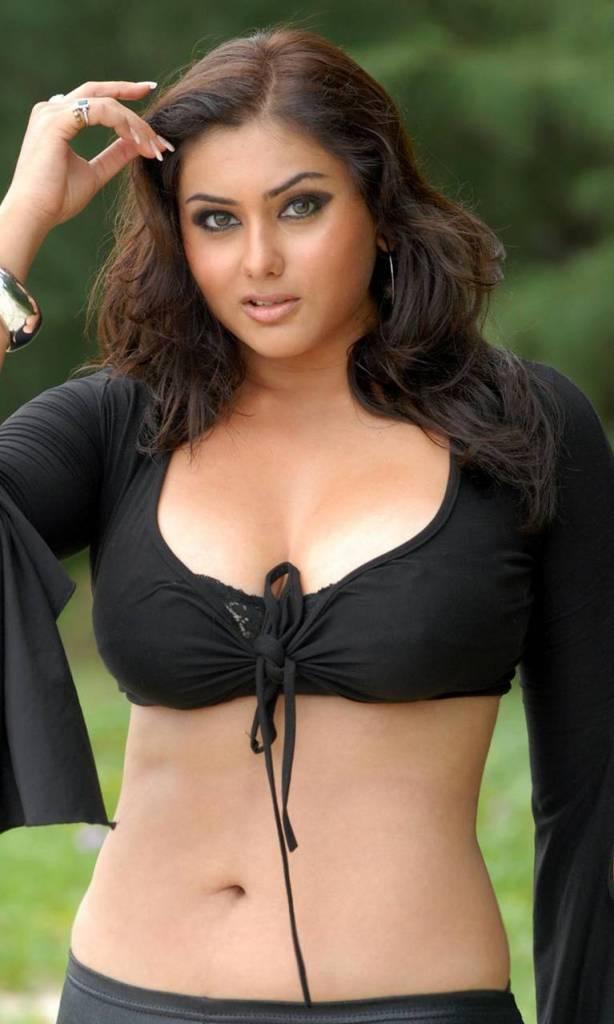 Namitha Kapoor Wiki, Age, Biography, Movies, and Stunning Photos 105
