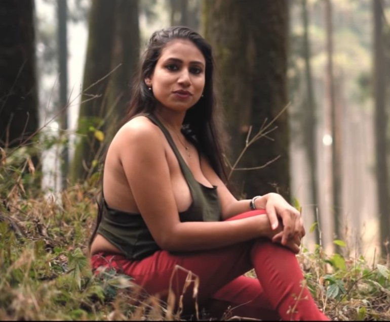 Instagram & YouTube Sensation Nandini Nayek Wiki, Age, Biography and Glamorous Photos 127