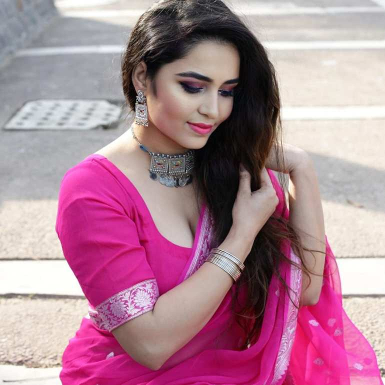 The Breathtaking Beauty of India Neeru Starlet Wiki, Age, Biography, Movies, and Gorgeous Photos 110