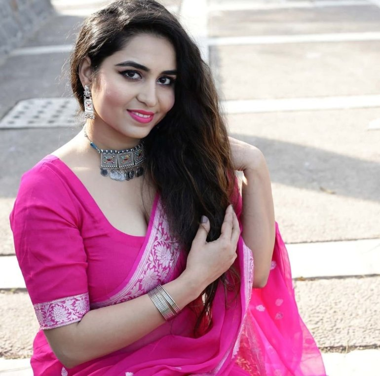 The Breathtaking Beauty of India Neeru Starlet Wiki, Age, Biography, Movies, and Gorgeous Photos 131