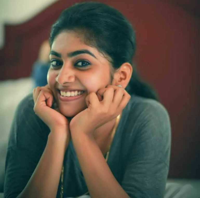 Nimisha Sajayan Wiki, Age, Biography, Movies, and Beautiful Photos 111