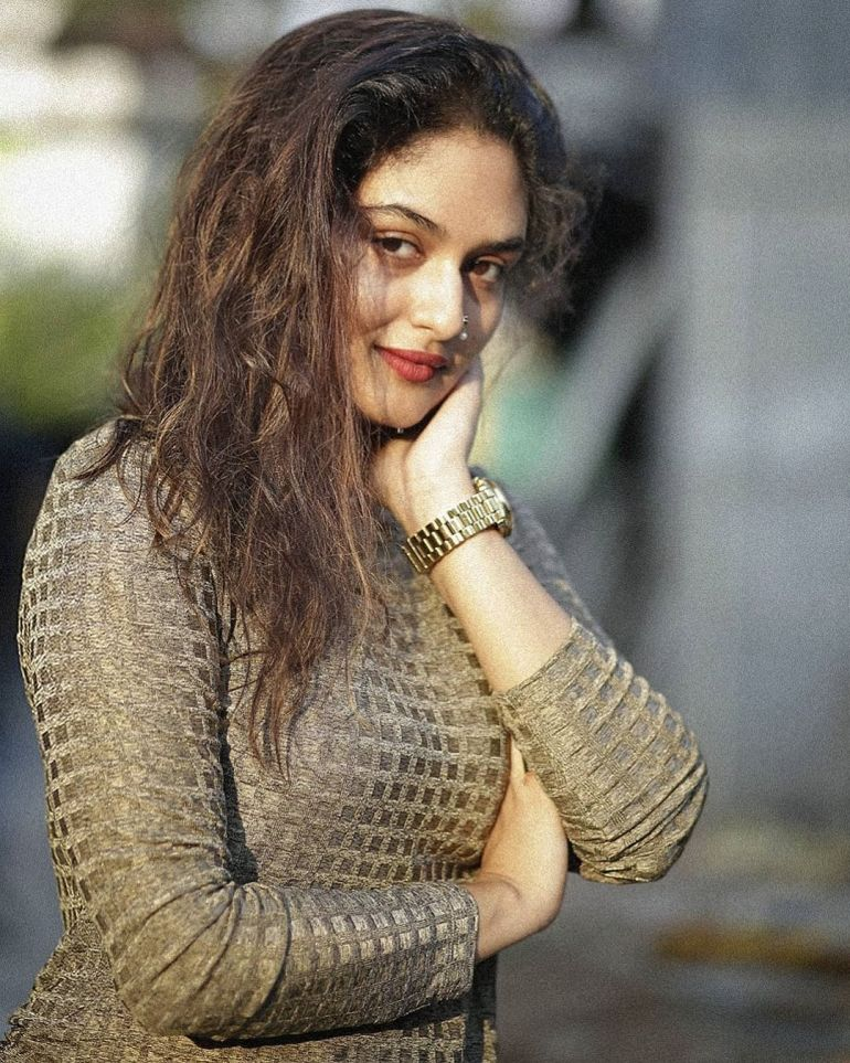 Prayaga Martin Wiki, Age, Biography, Movies, and Gorgeous Photos 119