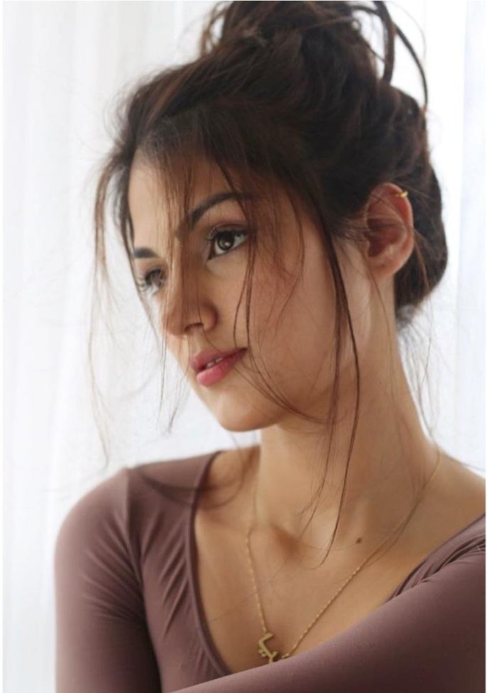 Rhea Chakraborty Wiki, Age, Biography, Movies, and Beautiful Photos 114