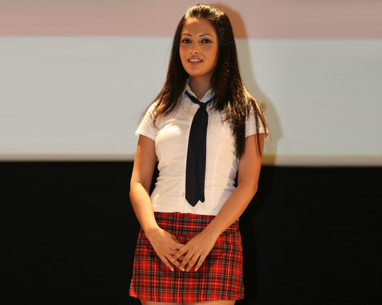 Which Indian actresses look Glamorous in school uniform? 135