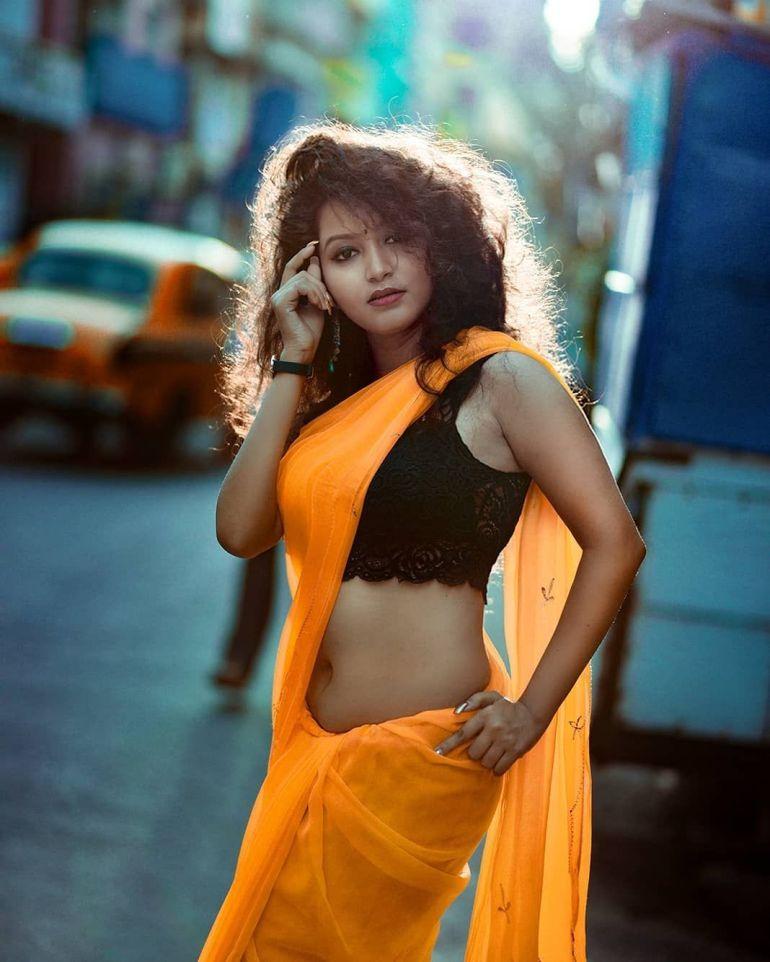 Model Sayani Pradhan Wiki, Age, Biography, Movies, and Beautiful Photos 121