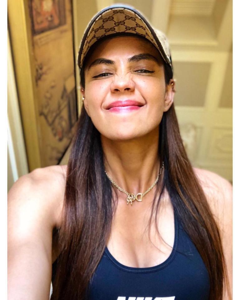 Sharmila Nicollet Wiki, Age, Biography, Family, Career, and Beautiful Photos 113