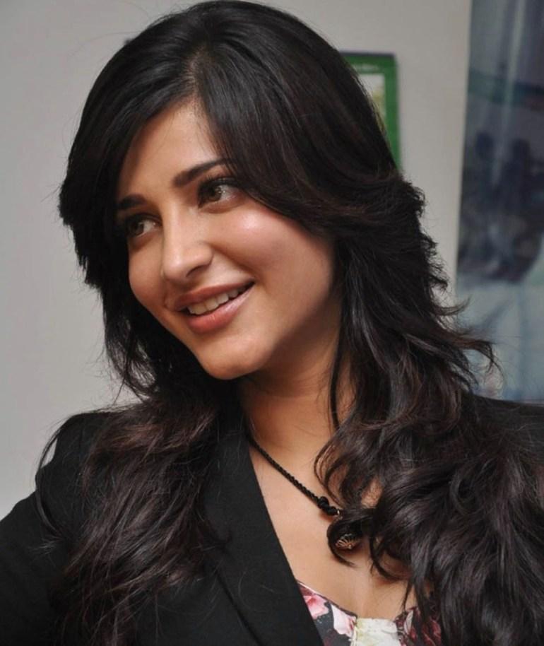Shruti Haasan Wiki, Age, Biography, Movies, and Beautiful Photos 140