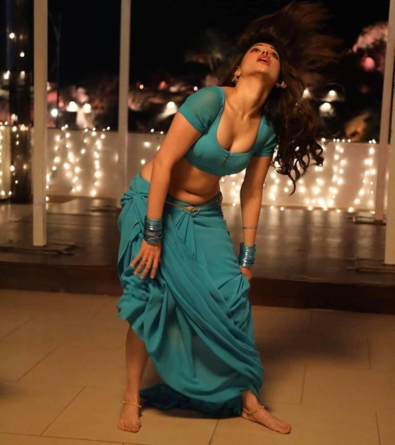 Tamanna Bhatia Wiki, Age, Biography, Movies, and Beautiful Photos 137