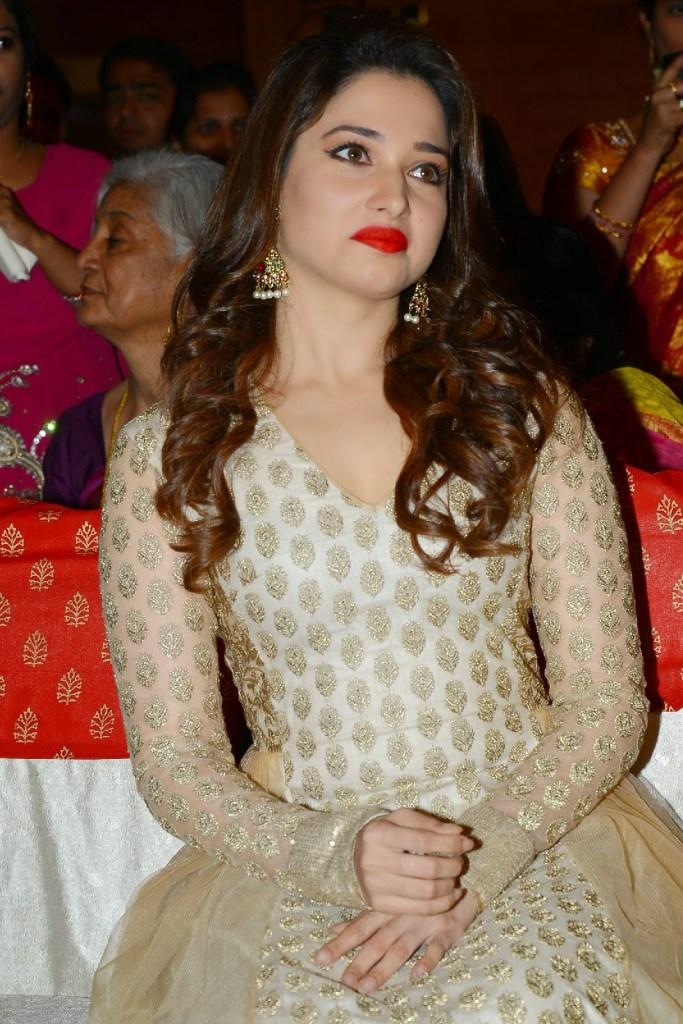 Tamanna Bhatia Wiki, Age, Biography, Movies, and Beautiful Photos 116