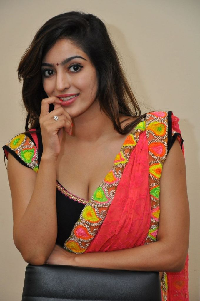 Vaibhavi Joshi Wiki, Age, Biography, Movies, and Beautiful Photos 108