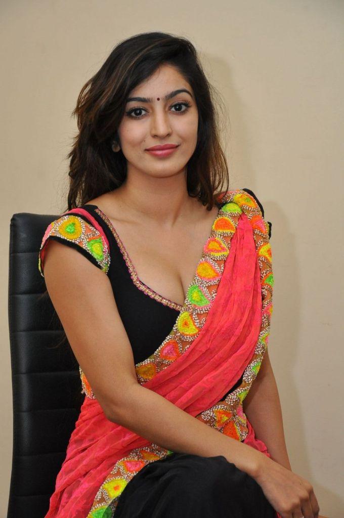 Vaibhavi Joshi Wiki, Age, Biography, Movies, and Beautiful Photos 103