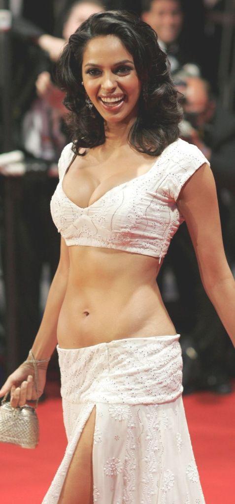 Mallika Sherawat Wiki, Age, Biography, Movies, and Gorgeous Photos 116