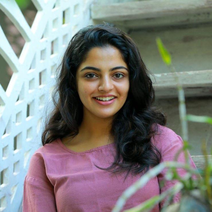 Nikhila Vimal Wiki, Age, Biography, Movies, and Beautiful Photos 113