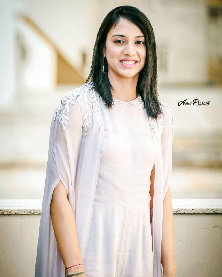 Smriti Mandhana Wiki, Age, Biography, Family, Career, and Beautiful Photos 107
