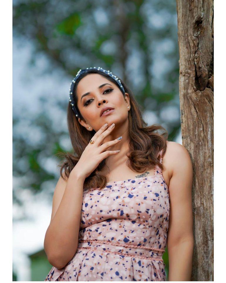 Anasuya Bharadwaj Wiki, Age, Biography, Movies, and Beautiful Photos 114