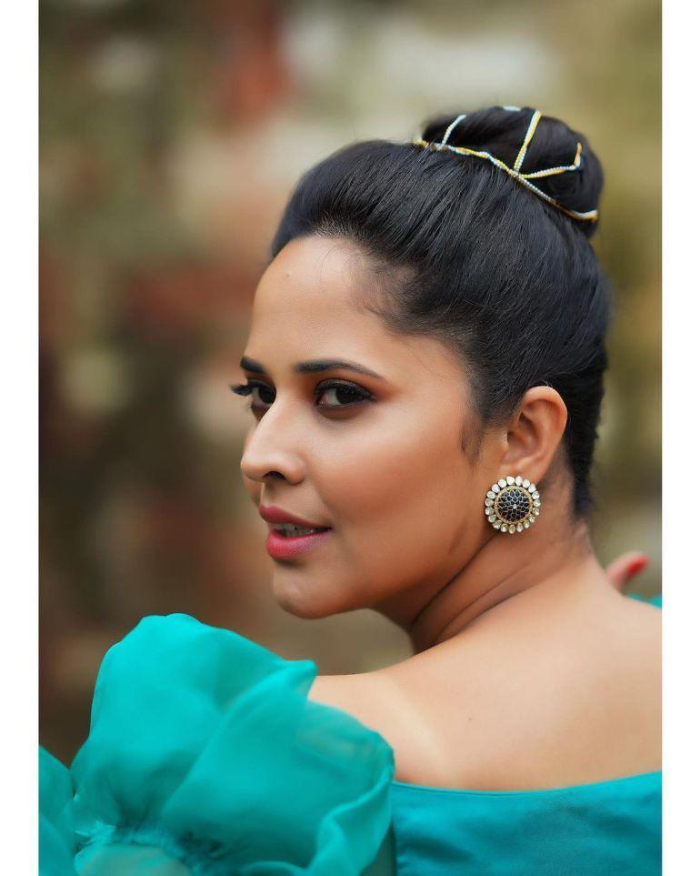 Anasuya Bharadwaj Wiki, Age, Biography, Movies, and Beautiful Photos 115