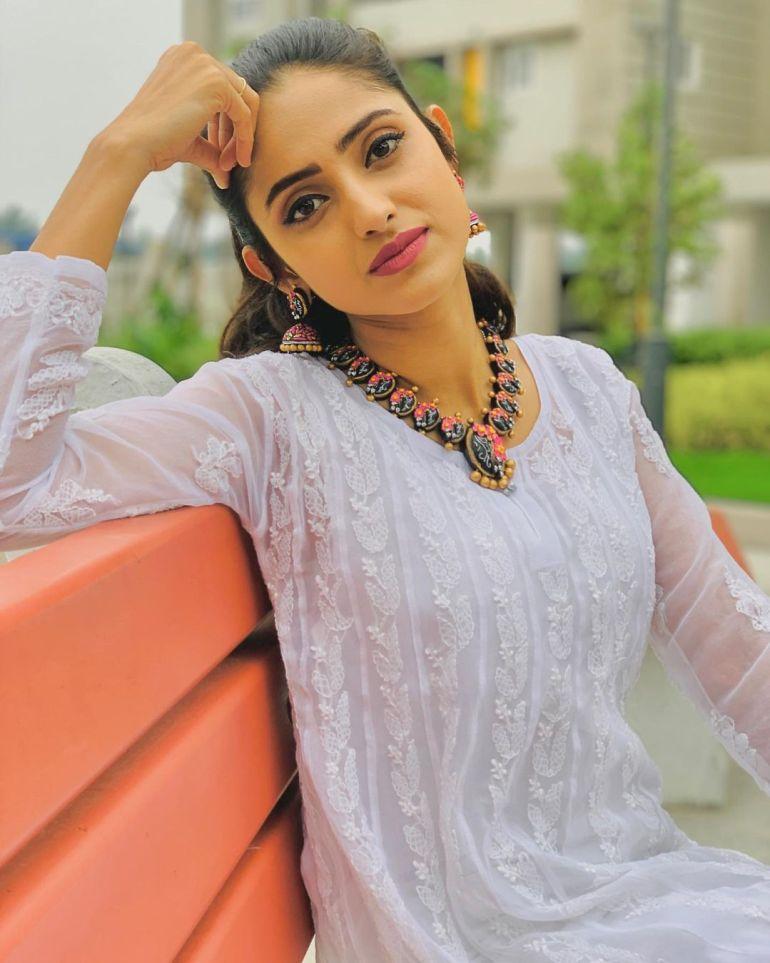 Ayesha ( Actress) Wiki, Age, Biography, Movies, and Beautiful Photos 126