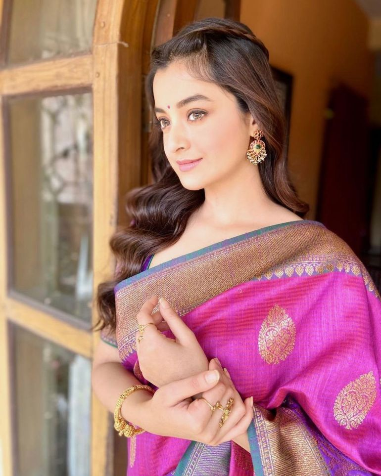 Darshana Banik Wiki/Biography and Beautiful Photos 120