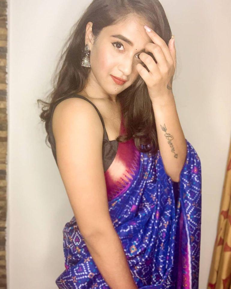 Deepthi Sunaina Wiki, Age, Biography, Movies, and Beautiful Photos 123