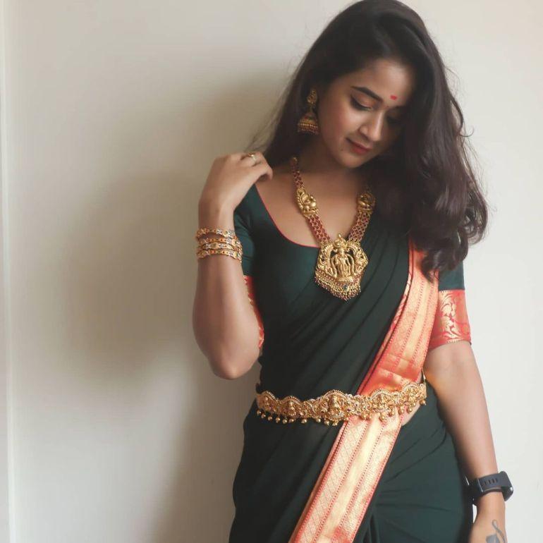 Deepthi Sunaina Wiki, Age, Biography, Movies, and Beautiful Photos 124