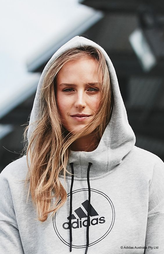 Australian cricketer Ellyse Perry Wiki, Age, Biography, Height, and Beautiful Photos 131