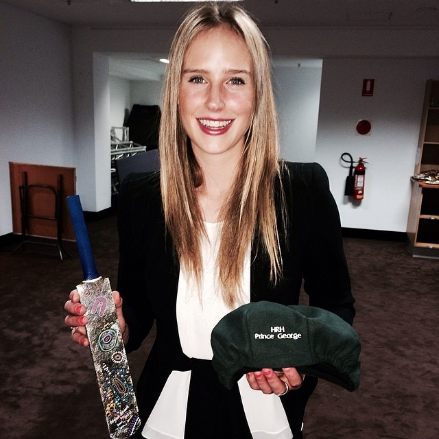 Australian cricketer Ellyse Perry Wiki, Age, Biography, Height, and Beautiful Photos 112