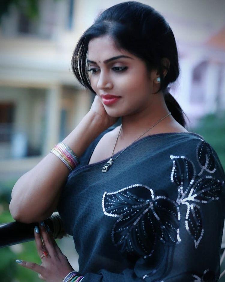 Karunya Chowdary Wiki, Age, Biography, Movies, and Beautiful Photos 110