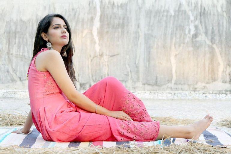 Malvi Malhotra Wiki, Age, Bio, Movies, Husband, Height, and Beautiful Photos 110