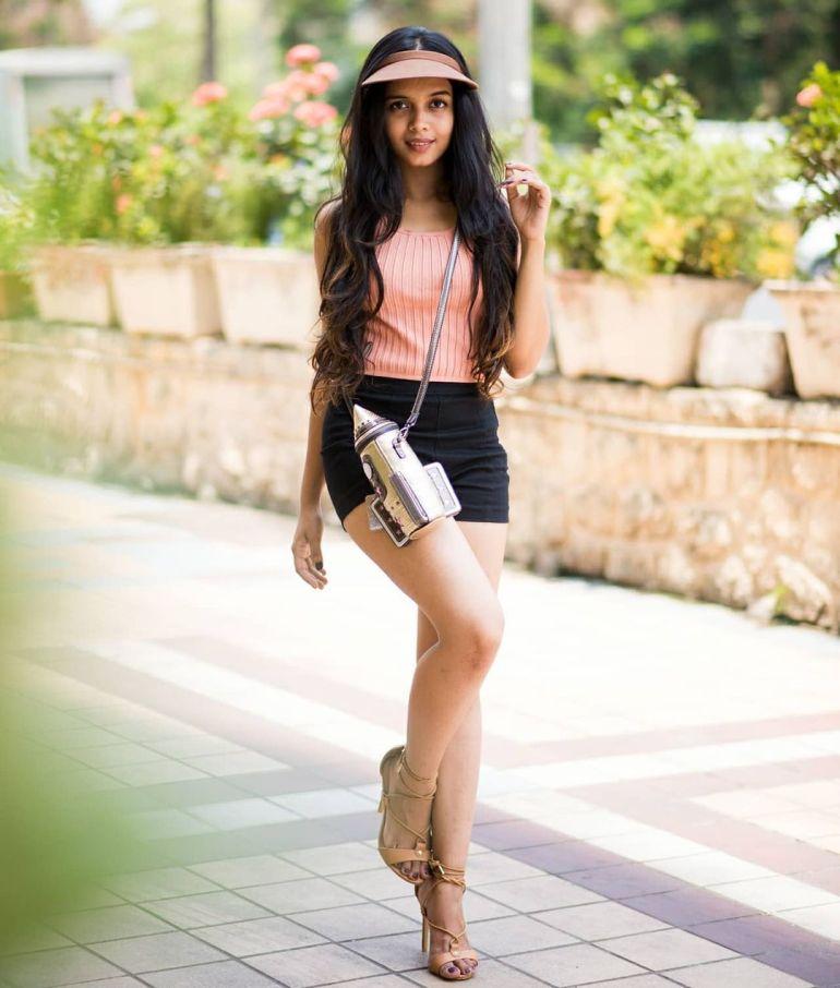 18+ Beautiful Photos of Megha Ray 113