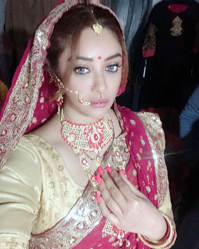 Payal Ghosh Wiki, Age, Biography, Movies, and Beautiful Photos 126