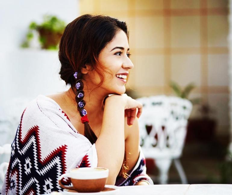 Priyanka Jawalkar Wiki, Age, Biography, Movies, and Stunning Photos 100