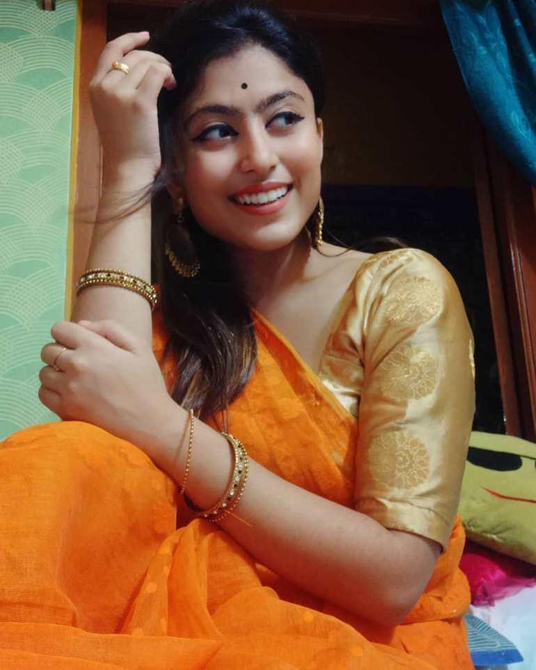Bengali Model Rajnondini Chatterjee Wiki, Age, Biography, Movies, and Beautiful Photos 120