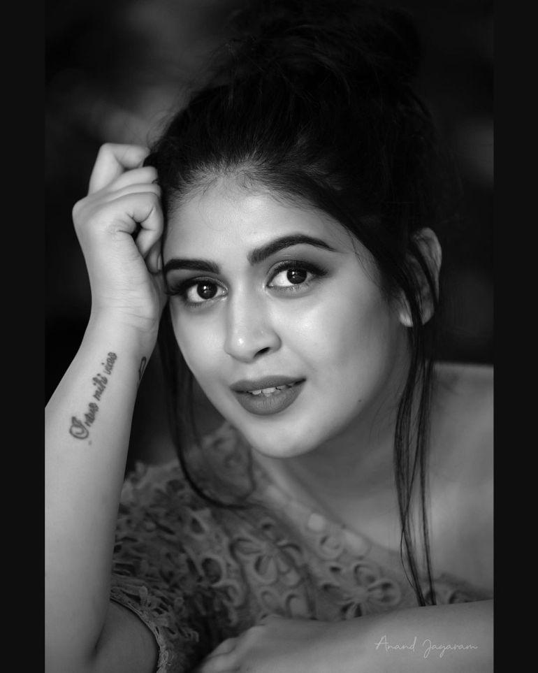 Raksha Somashekhar Wiki, Age, Biography, Movies, and Charming Photos 118