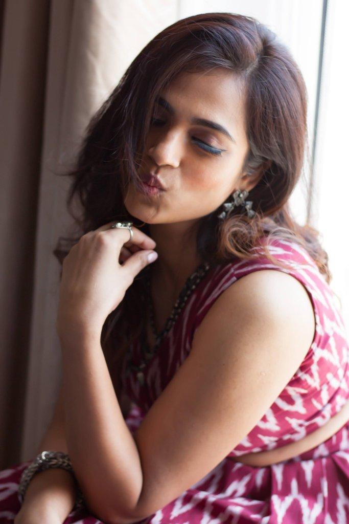 Ramya Pandian(Ramya Pandiyan) Wiki, Age, Bio, and Beautiful Photos 118