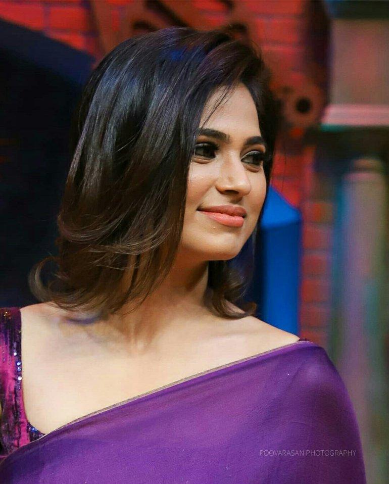 Ramya Pandian(Ramya Pandiyan) Wiki, Age, Bio, and Beautiful Photos 108
