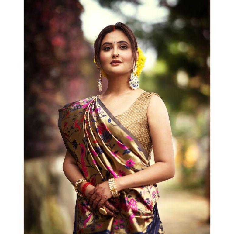 Rashmi Desai Wiki, Age, Biography, Movies, and Beautiful Photos 126