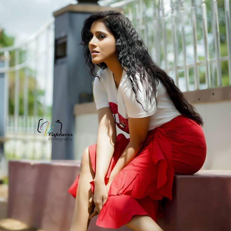Rashmi Gautam Wiki, Age, Biography, Movies, and Gorgeous Photos 103