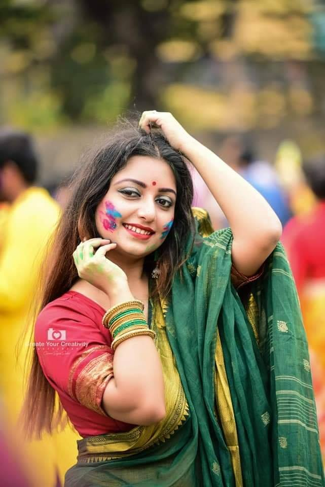 Rupsa Saha Chowdhury Wiki, Age, Biography, Movies, and Glamorous Photos 116