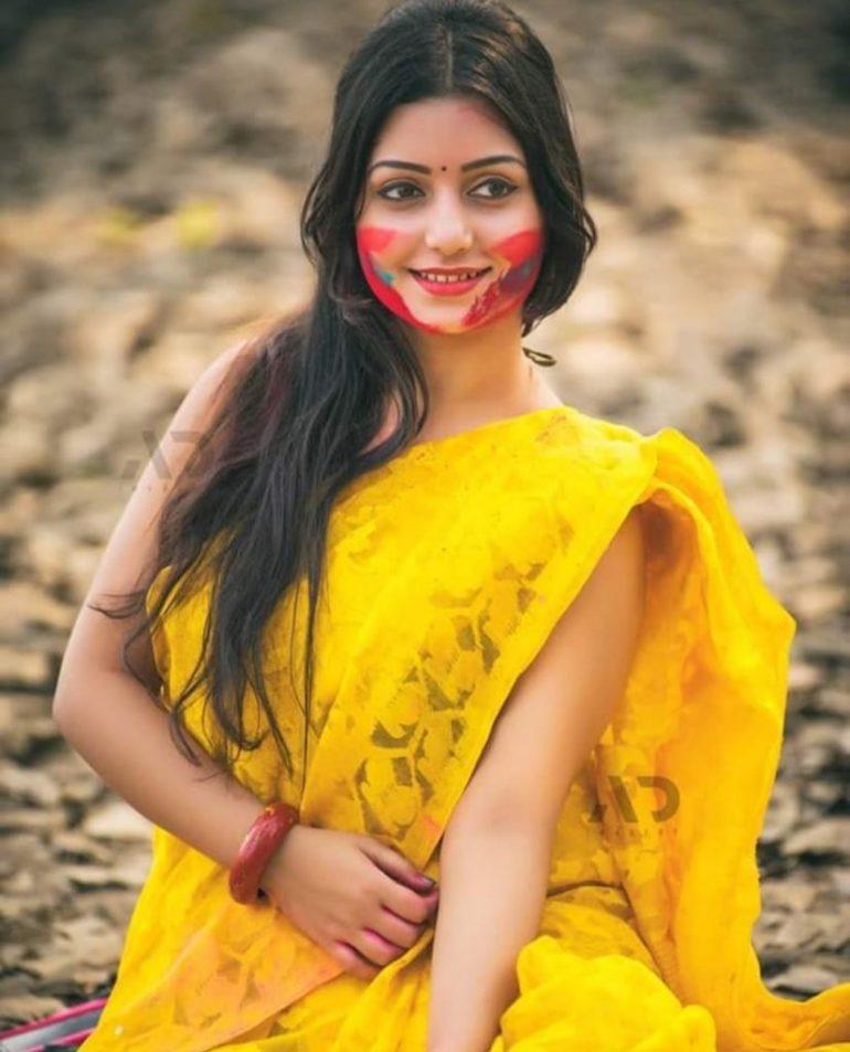 Rupsa Saha Chowdhury Wiki, Age, Biography, Movies, and Glamorous Photos 131