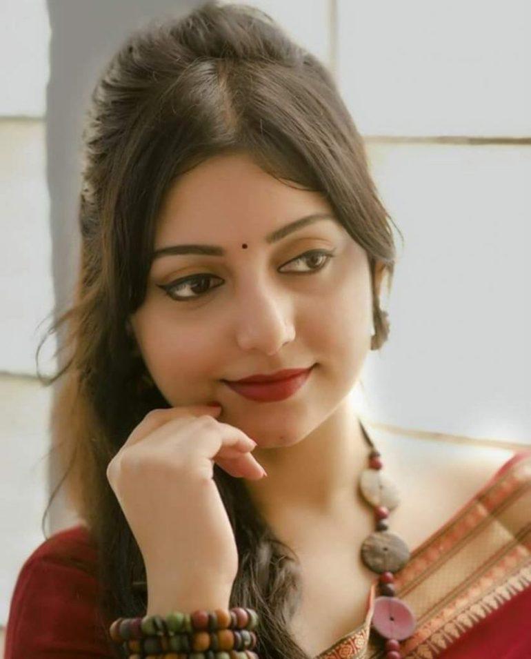 Rupsa Saha Chowdhury Wiki, Age, Biography, Movies, and Glamorous Photos 132