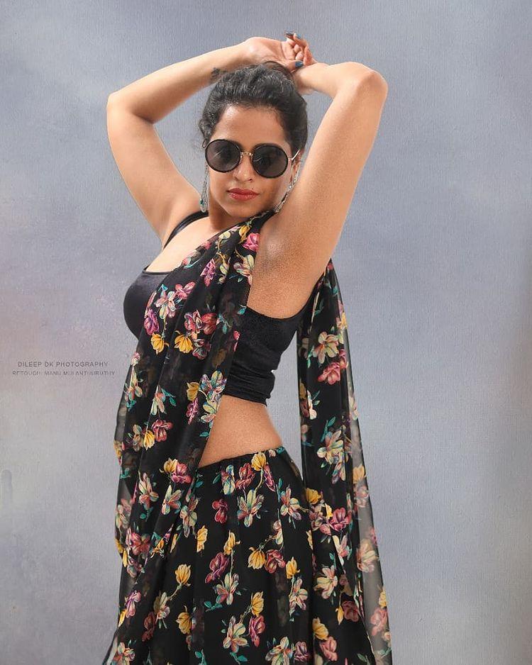 Sadhika Venugopal Wiki, Age, Biography, Movies, and Beautiful Photos 110