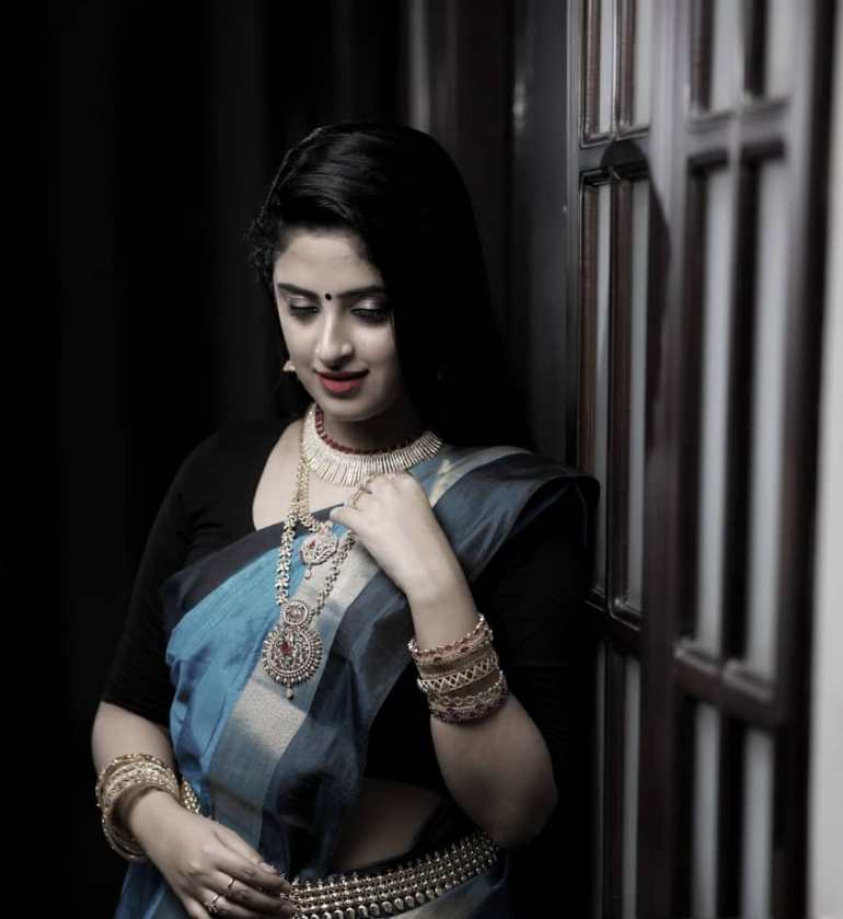 Shehna Noushad Wiki, Age, Biography, Movies, and Beautiful Photos 103
