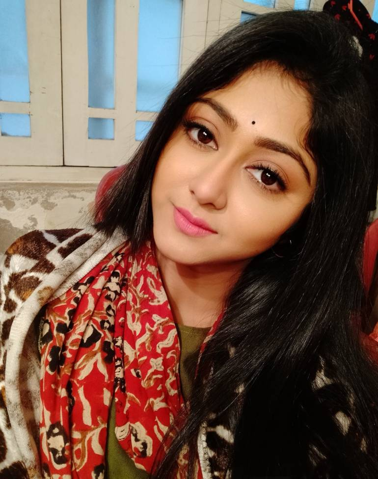 Susmita Dey Wiki, Age, Biography, Movies, and Beautiful Photos 128