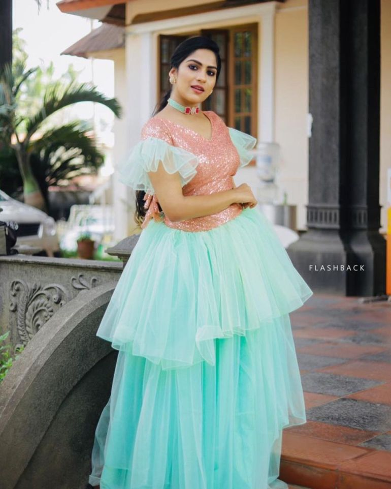 Swasika Vijay Wiki, Age, Biography, Movies, and Stunning Photos 113